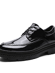 Недорогие -Муж. Комфортная обувь Полиуретан Весна Английский Туфли на шнуровке Доказательство износа Черный / Красный