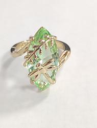 Недорогие -2019 новый ретро зеленый камень золотой цвет стрекоза кольцо для женщин девушка юбилей подарок на день рождения старинные ювелирные изделия блестящие кольца