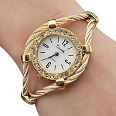 Женские Модные часы Часы-браслет Кварцевый сплав Группа Блестящие Кольцеобразный Золотистый