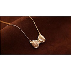 Necklace Pendant Necklaces / Pearl Necklace Jewelry Party / Daily / Casual Fashion Pearl / Alloy / Rhinestone / Gold Plated Silver 1pc