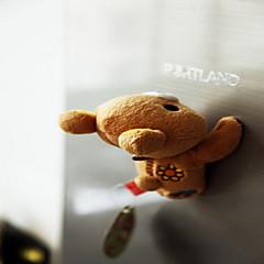 Eine nette Karikatur kreative Kühlschrankmagnet magnetische Plüschspielzeugpuppechi