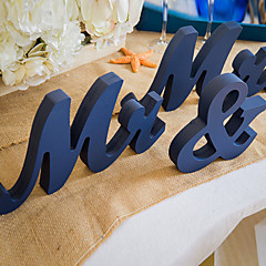 Wooden MR & MRS wedding supplies Wooden furnishing articles in English letters Wedding photography props