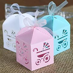 50 ピース/セット 好意のホルダー-キュービック カード用紙 ラッピングボックス/ギフトボックス ラッピングバッグ/ギフトバッグ キャンディ缶/ギフトバケツ シートポスト キャンディー缶とボトル カップケーキラッパーとボックス ギフトボックス