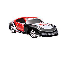 RC Car WL Toys K969 2,4G Auto Korkea nopeus 4WD Drift Car Lastenvaunut Maasturi 1:28 Sähköharja 30 KM / H Kauko-ohjain Ladattava Sähköinen
