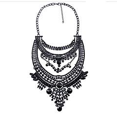 ieftine -Pentru femei Rotund Circle Shape Formă Floral Coliere cu Pandativ Diamant sintetic Obsidian Zirconiu Cubic Perle Roz Coliere cu Pandativ