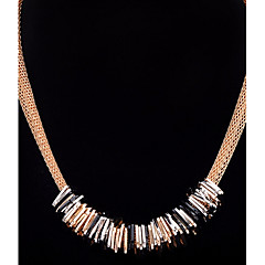 abordables -Femme Carré Forme Géométrique Collier court /Ras-du-cou Pendentif de collier Diamant synthétique Alliage Collier court /Ras-du-cou