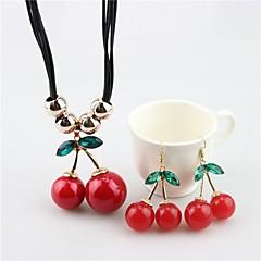 baratos Conjuntos de Bijuteria-Mulheres Conjunto de jóias - Pérola Cereja, Fruta Doce Incluir Brincos Compridos / Colares com Pendentes Vermelho Para Diário