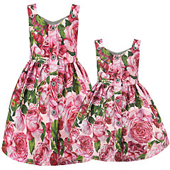 baratos Conjuntos de Roupa para a Família-Adulto Mamãe e eu Básico Diário Floral Sem Manga Poliéster Vestido Rosa