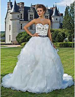 billiga A-linjeformade brudklänningar-Balklänning Hjärtformad urringning Katedralsläp Organza / Satäng Bröllopsklänningar tillverkade med Bård / Pickup-kjol / Bälte / band av LAN TING BRIDE® / Glittra och gläns