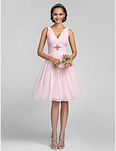 billige Romantisk rosa-A-linje Prinsesse V-hals Knelang Chiffon Brudepikekjole med Krystalldetaljer Bølgemønster Sidedrapering av LAN TING BRIDE®