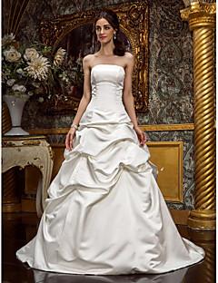 billiga Prinsessbrudklänningar-A-linje / Prinsessa Axelbandslös / Rak halsringning Svepsläp Satäng Bröllopsklänningar tillverkade med Pickup-kjol av LAN TING BRIDE®