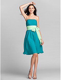 billige Grønn glamour-A-linje Stroppeløs Knelang Chiffon Brudepikekjole med Belte / bånd av LAN TING BRIDE®