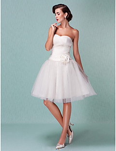 billige Brudekjoler UK-Ballkjole Kjære Knelang Tyll Egendefinerte brudekjoler med Belte / bånd Kryssdrapering Blomst av LAN TING BRIDE®