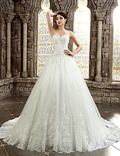 Ball Gown Sweetheart Chapel Train Lace Wedding Dress with Appliques Buttons by