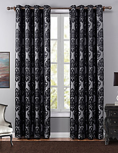 billige Gardiner-Propp Topp Et panel Window Treatment Europeisk, Mønstret Soverom Polyester Materiale Blackout Gardiner Hjem Dekor