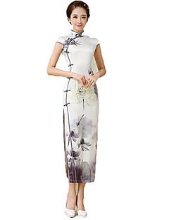 Yksiosainen/Mekot Cosplay Lolita-mekot Kukka Lyhythihainen Pitkä Pituus varten Polyesteri