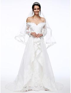 baratos Loja de Casamentos-Linha A Ombro a Ombro / Decote em V-wire Cauda Escova Organza / Renda Floral Vestidos de casamento feitos à medida com Miçangas /