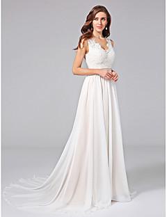 billiga A-linjeformade brudklänningar-A-linje V-hals Hovsläp Chiffong / Spets Bröllopsklänningar tillverkade med Applikationsbroderi / Spets / Bälte / band av LAN TING BRIDE®