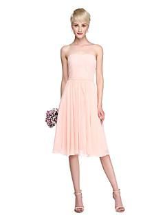 billige Romantisk rosa-A-linje Stroppeløs Knelang Chiffon Brudepikekjole med Belte / bånd / Sidedrapering av LAN TING BRIDE®
