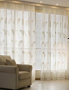 To paneler Window Treatment Rustikk Moderne Neoklassisk , Solid Soverom Lin/ Polyester Blanding Materiale Gardiner Skygge Hjem Dekor For