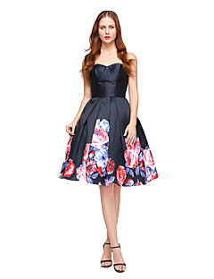 billige Mønstrede og ensfargede kjoler-Ballkjole / Trang og vid passform Kjære Knelang Sateng Cocktailfest / Ball / Ferie Kjole med Plissert av TS Couture®