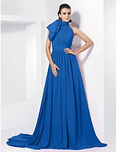 billiga Aftonklänningar-A-linje Hög hals Hovsläp Chiffong Vintage-inspirerad Formell kväll Klänning med Rosett(er) / Plisserat av TS Couture®