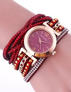 billige Armbåndsure-Dame Quartz Armbåndsur Kinesisk Imiteret Diamant PU Bånd Vedhæng Afslappet Simuleret Diamond Watch Unikke kreative ur Elegant Mode Sort