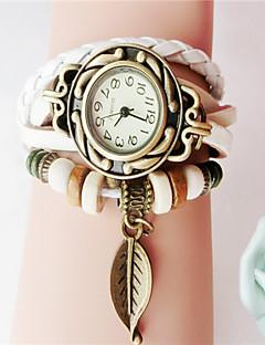 billige Armbåndsure-Dame Quartz Armbåndsur Hot Salg PU Bånd Vedhæng Mode Sort Hvid Blåt Rød Orange Brun Grøn
