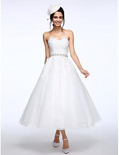 billiga Balbrudklänningar-Balklänning Hjärtformad urringning Telång Spets / Tyll Bröllopsklänningar tillverkade med Applikationsbroderi / Bälte / band av LAN TING BRIDE® / Liten vit klänning