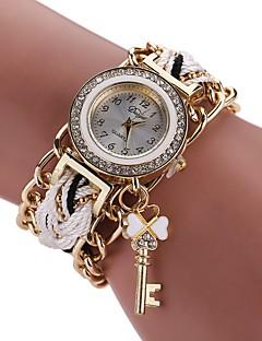 女性用 ファッションウォッチ ブレスレットウォッチ ダミー ダイアモンド 腕時計 中国 クォーツ 模造ダイヤモンド 合金 生地 バンド ボヘミアンスタイル チャーム カジュアルスーツ エレガント腕時計 ブラック 白 ブルー レッド ブラウン ネービー