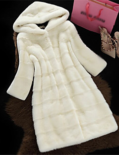 Women's Formal Evening First Communion Casual/Daily Valentine's Day New Year Elegant & Luxurious Winter Fur Coat,Solid Color Hooded Long