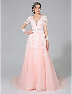 abordables Vestidos de Novia-Corte en A Bateau Neck Capilla Tul Vestidos de novia personalizados con Lentejuela Apliques Cinta / Lazo por LAN TING BRIDE®
