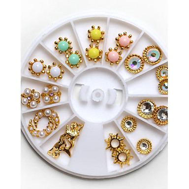3D Nail Art Decorations Fashion Jewelry Shinning Round Square Rhinestones with Golden Metal in the Wheel
