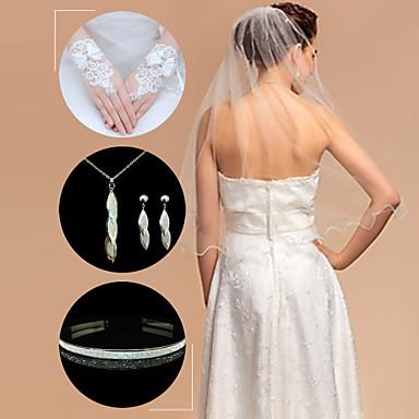 esküvői kiegészítő készlet (fátyol& kesztyű& fejdísz& nyaklánc& fülbevaló)