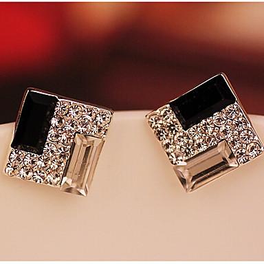 Beszúrós fülbevalók Kristály elegáns utánzat Diamond Ötvözet Square Shape Geometric Shape Ezüst Ékszerek Mert 2pcs