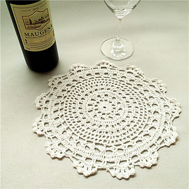 cheap Table Centerpieces-2pcs/set 50cm Round Retro Crochet Cotton Table Runner Garden Theme Coffee Table Hollow Out Cloth Wedding Decor
