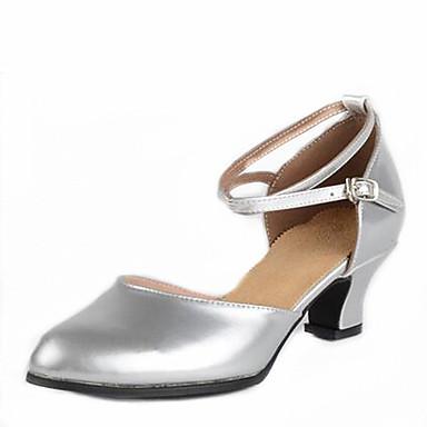 Mulheres Sapatos de Dança Latina / Sapatos de Dança Moderna Courino Sandália Presilha Salto Baixo Não Personalizável Sapatos de Dança