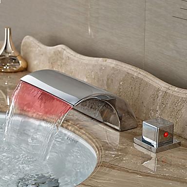 Moderni Kolmiosainen Vesiputous LED Keraaminen venttiili Kaksi kahvaa kolme reikää Kromi, Kylpyhuone Sink hana