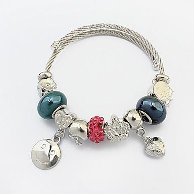 Naisten Amuletti-rannekorut Love Heart Muoti Eurooppalainen Teräs Metalliseos Heart Shape Korut Käyttötarkoitus
