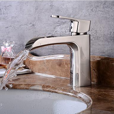 Waschbecken Wasserhahn - Vorspülung / Wasserfall / Verbreitete Gebürsteter Nickel Mittellage Einhand Ein Loch