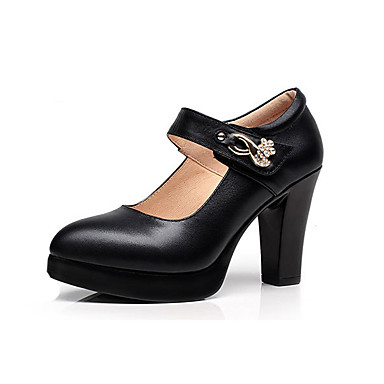 Women's Shoes Leatherette Spring / Fall Basic Pump / Formal Shoes Heels Chunky Heel Pointed Toe Rhinestone / Rivet / Buckle White / Black / Wedding / Party & Evening / Dress / Party & Evening