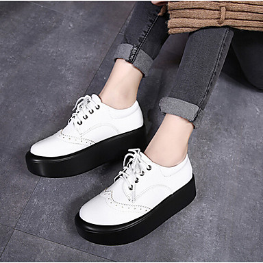Naiset Kengät PU Kevät Comfort Oxford-kengät Käyttötarkoitus Kausaliteetti Valkoinen Musta