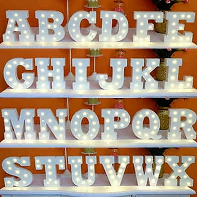1pc 26 letters alfabet LED Night Light Op Batterijen Creatief / Bruiloft / Decoratie