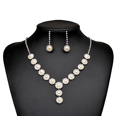 בגדי ריקוד נשים זירקונה מעוקבת סט תכשיטים - פנינה, יהלום מדומה טיפה אלגנטית לִכלוֹל עגילי טיפה / שרשראות מחרוזת / סטי תכשיטי כלה כסף עבור חתונה / Party / ארוסים
