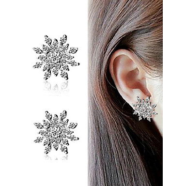 72585f41f ... Out Ear Piercing Stud Earrings Earrings Imitation Diamond Earrings  Snowflake Trendy Romantic Fashion Cute Elegant Jewelry Gold / Black / Silver  For