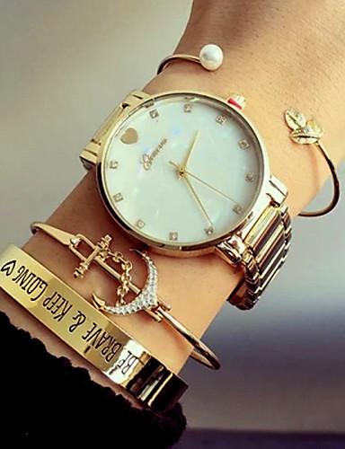 Mulheres Bracele Relógio Venda imperdível Aço Inoxidável Banda Luxo / Heart Shape / Fashion Prata / Dourada / Ouro Rose / Um ano / KC 377A