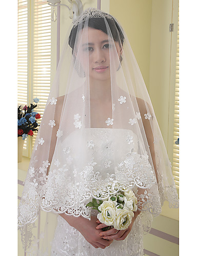 One-tier Lace Applique Edge Wedding Veil Chapel Veils 53 Rhinestone Satin Flower Appliques Sparkling Glitter Tulle
