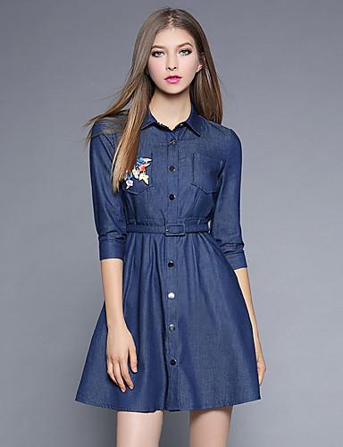 Damen A-Linie Hülle Jeansstoff Kleid-Ausgehen Lässig/Alltäglich Einfach Street Schick Anspruchsvoll Solide Stickerei Hemdkragen Übers Knie