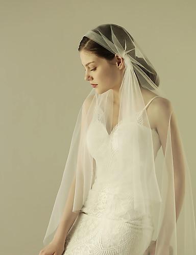 One-tier Cut Edge Wedding Veil Fingertip Veils with Ruffles Tulle / Mantilla