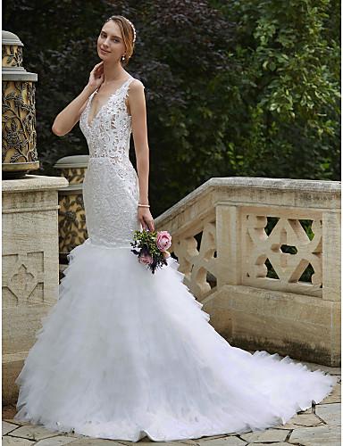 Sellő fazon Nyakkivágás Kápolna uszály Csipke / Tüll Egyéni esküvői ruhák val vel Rátétek / Fodrozott által LAN TING BRIDE®